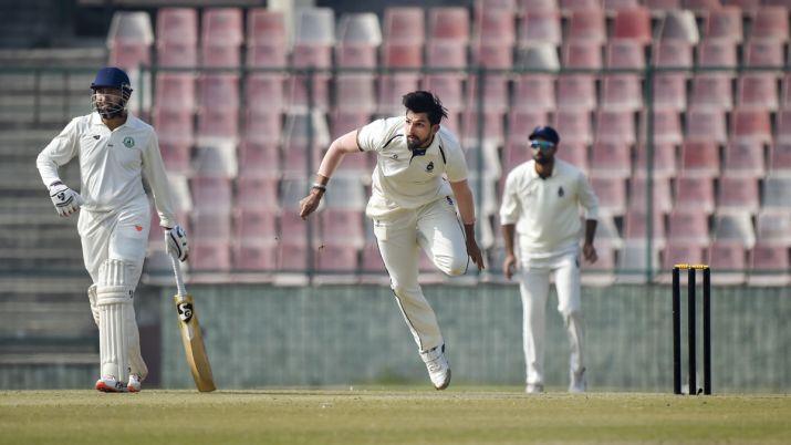 NZ vs IND: टेस्ट सीरीज शुरू होने से पहले टीम इंडिया को लगा बड़ा झटका, इशांत शर्मा पहले टेस्ट से हुए बाहर! 1