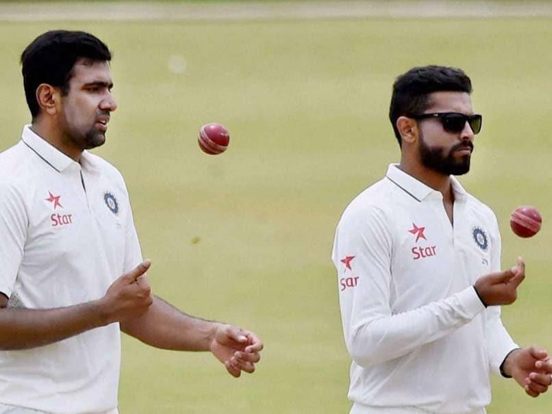 NZ vs IND- भारतीय टीम के मुख्य कोच रवि शास्त्री ने बताया दूसरे टेस्ट मैच में आर अश्विन या रवीन्द्र जडेजा में किसे मिल सकता है मौका? 1
