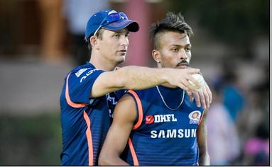 मुंबई इंडियंस के कोच चाहते हैं हार्दिक पांड्या आईपीएल 2020 से पहले खेलें कुछ मैच, कही यह बड़ी बात 32