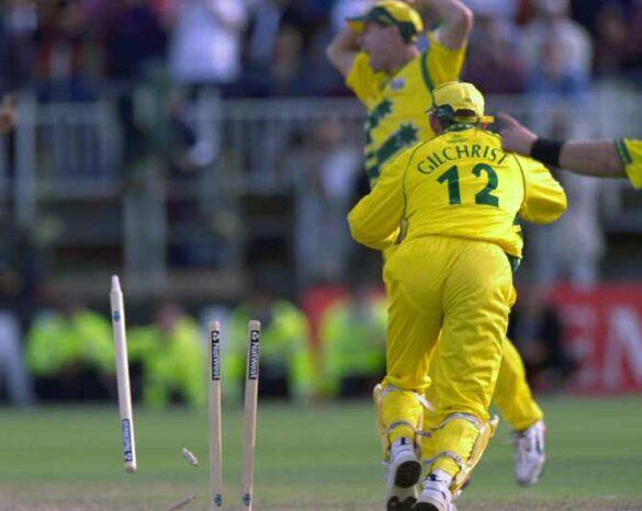 वनडे क्रिकेट इतिहास में ये 5 बल्लेबाज हुए हैं 99 रन के स्कोर पर रन आउट, एक भारतीय भी है शामिल 8