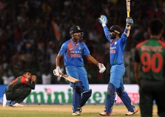 वीडियो : आज ही के दिन दिनेश कार्तिक ने अंतिम गेंद पर छक्का लगाकर दिलाई थी एशिया कप जीत, बीसीसीआई ने सुनहरी यादें की ताजा 10