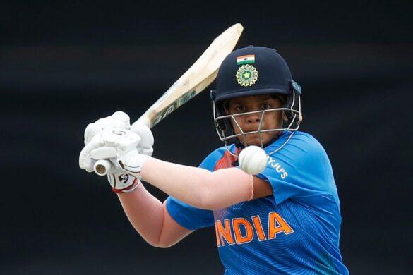 कोरोना वायरस के क्रिकेट एकेडमी बंद फिर भी रोज सुबह जा रही हैं शेफाली वर्मा, जाने वजह 5